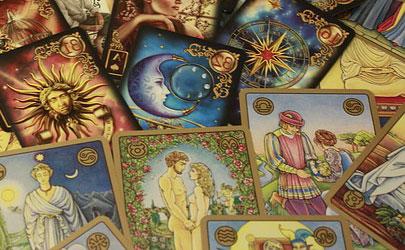 Гадания на картах таро в тольятти читать онлайн мангу непутевый ученик в школе магии
